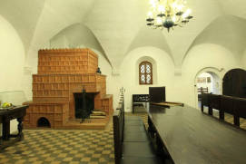 Old English Court Museum